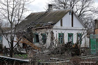 Обстріл Пісків, Донецька область