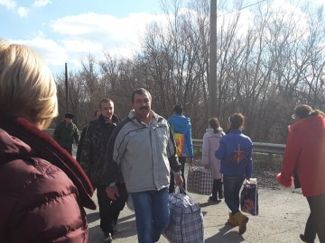 З полону бойовиків звільнили ще трьох українців, - Президент