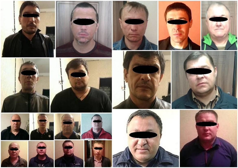 поліція затримала 12 злочинців